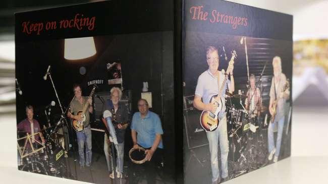 """""""The Strangers"""" haben mittlerweile ihr zweites Album veröffentlicht."""